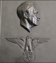 Reichskanzlei Presentation Plaque- (Arno Breker 1900-1991)