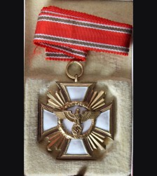 Cased N.S.D.A.P 25 Year Long Service Medal (Ladies Variant) # 3341