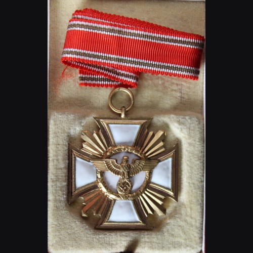 Cased N.S.D.A.P 25 Year Long Service Medal (Ladies Variant)