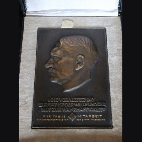 Bronze Presentation Adolf Hitler Plaque-Boxed  # 3446