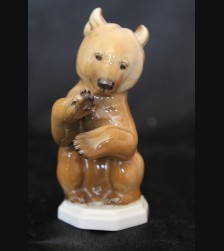 Allach Porcelain #5/ Colored Begging Bear # 3485