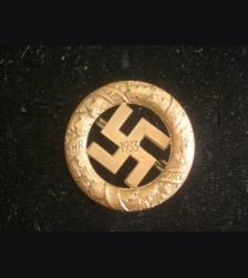 Gau Munich Badge (Deschler) # 3194