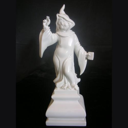 Allach Porcelain #81- Munich Maiden # 3250