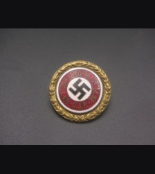 Attributed Gold Party Badge- Fuess 24mm