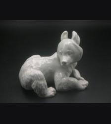 Allach Porcelain #8- Lying Bear # 3255
