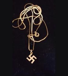 American Bund Necklace # 3073