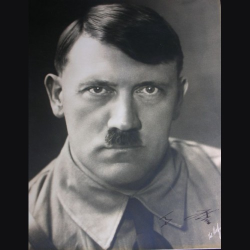 Adolf Hitler Signed Studio Photo- Hoffmann Large