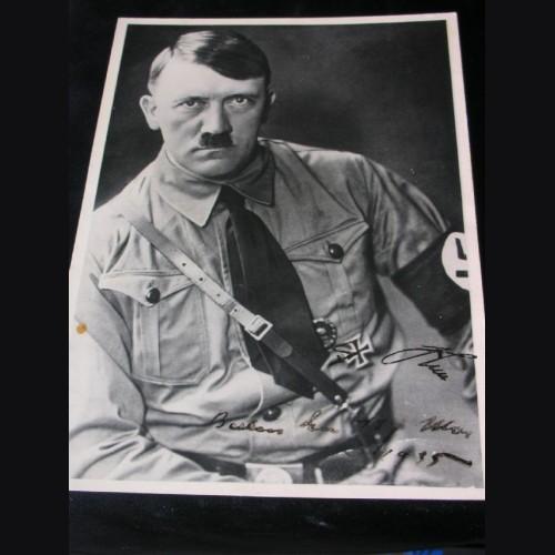 Adolf Hitler Signed Hoffmann Photo Card # 1058