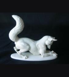 Allach Fox w/ Mouse ( Fox Mit Maus ) # 1068