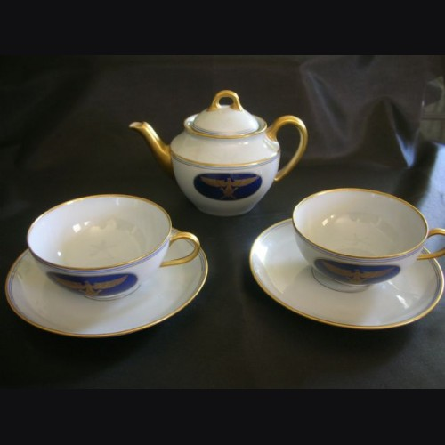 Hermann Goring Formal Dinnerware- Tea Pot & Saucers # 1407