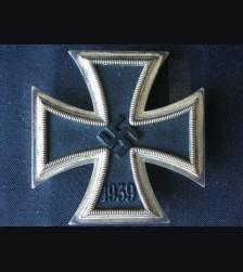 Iron Cross 1st Class ( Deumer ) Cased # 1706