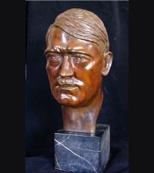 Der Fuhrer Bust 1933 ( J. Eingartner ) # 1718