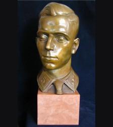 Horst Wessel Bronze Bust ( Ernst Paul Hinckeldey ) 1939 # 1719