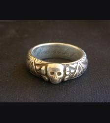 SS Totenkopf Ring ( Honor Ring ) # 1736