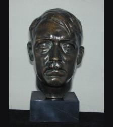 Der Fuhrer Bust ( T.H Linz ) # 1909