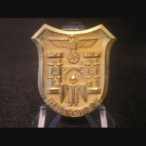 Munich Crest WHW Pin # 1936