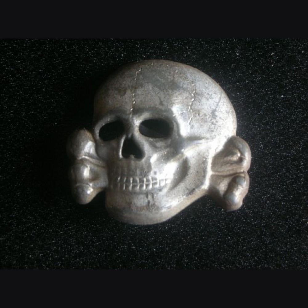 SS Totenkopf Cap Skull- Deschler