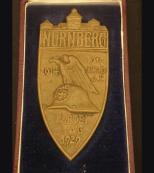Boxed 1929 Nuremberg Table Award ( Bronze ) # 1975