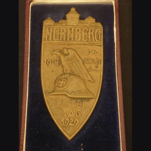Boxed 1929 Nuremberg Table Award ( Bronze ) # 1975