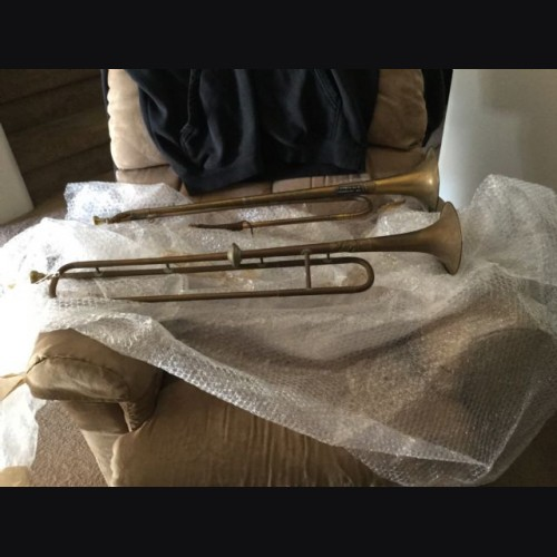 Pair of Trumpets for Trumpet Banner Display # 2026