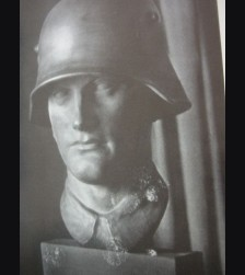 K-9 Stalhelmkopf (Heroic Bust) # 541