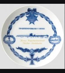 Meissen presentation plate Kapitänleutnant Günther Reinhold Müller-Stöckheim  # 627