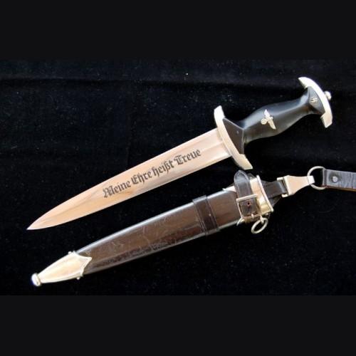 SS Dagger Model 1933  # 699